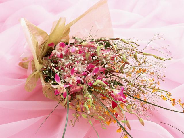 サプライズの花束贈呈おまかせください