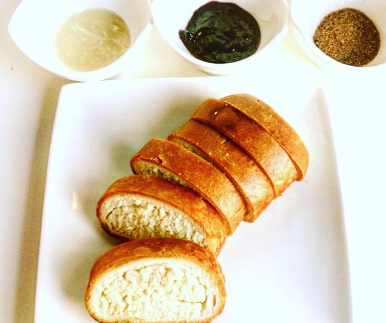 船橋の駅前で美味しいパンをお探しの方はカフェ&バー「BellB」へお越しください